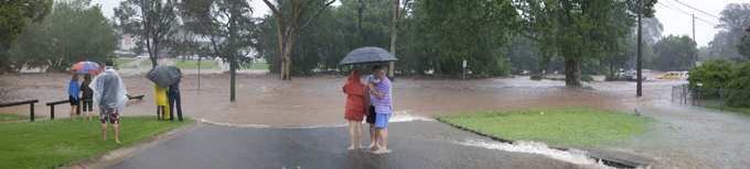 2011 FLOOD - Burns St Toowoomba  PHOTO: Doug Spowart
