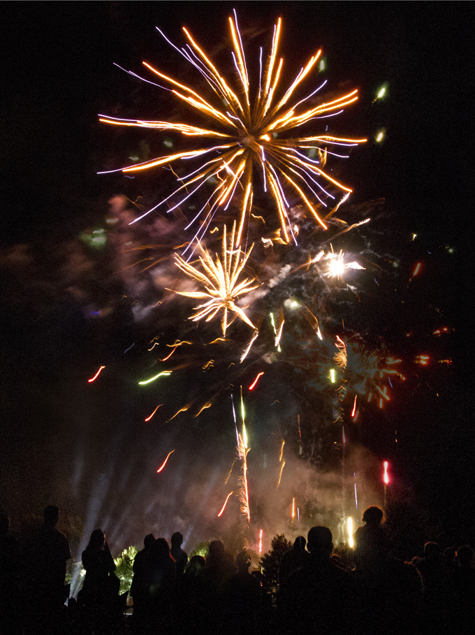 Toowoomba New Years Eve fireworks display Photo: Doug Spowart