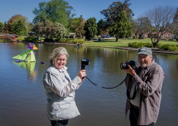 Vicky and Doug photographing for the Toowoomba Art Society's 'Waterways project'