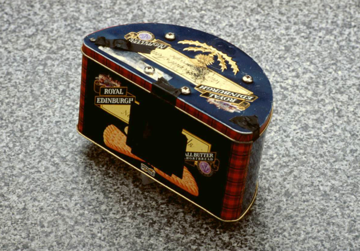 Vicky's shortbread biscuit tin 6x17cm panorama roll film