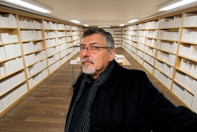 Portrait of the author in Wilfredo Prieto's 'Untitled' (White Library) at MONA