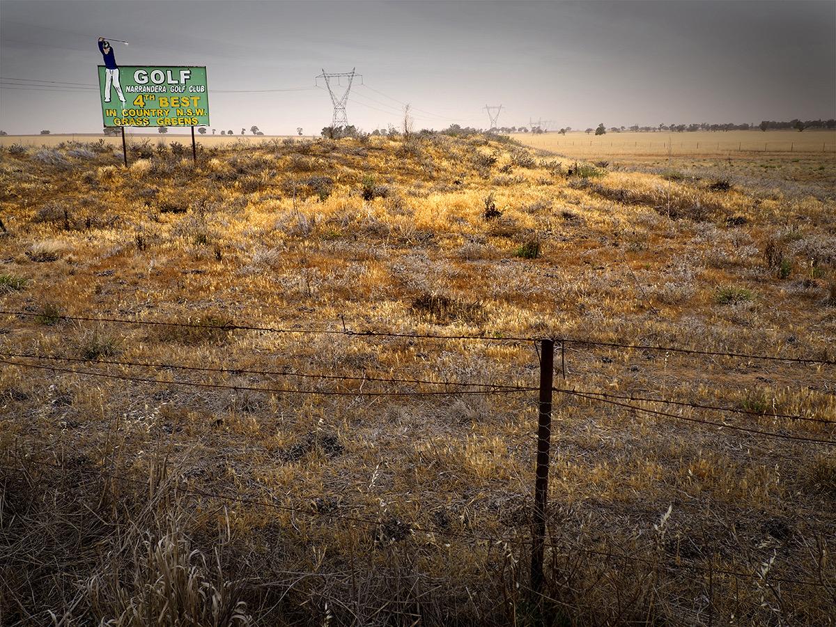 Narrabri roadside PHOTO: © Doug Spowart
